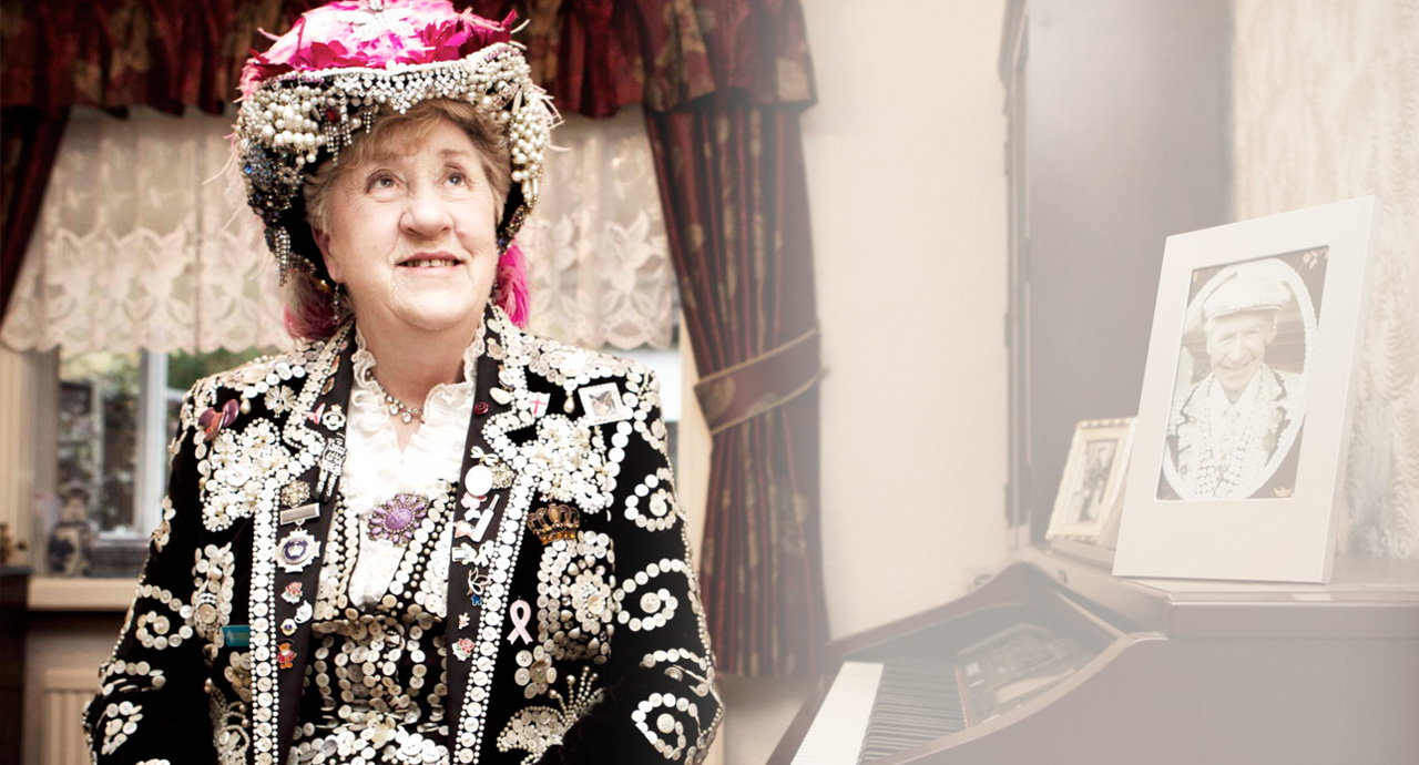 "<b>Jackie Murphy</b><br/> Pearly Queen of Hackney <a href=""http://www.sweetpatootee.co.uk/work/mapping-the-change"">More about Mapping the Change</a>"